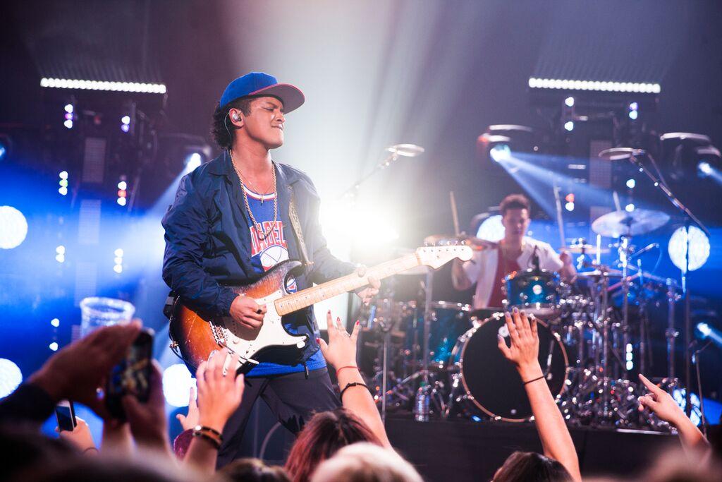 Bruno Mars T-Mobile