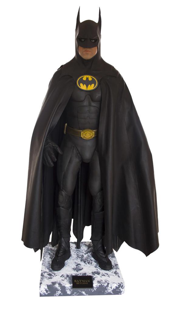 michael-keaton-batman-returns-costume-52724_lg-embed_2017